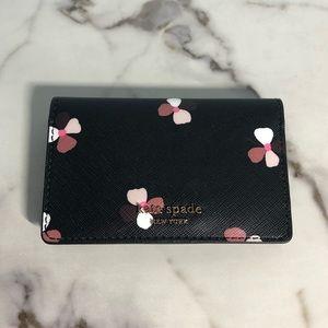 NWT Kate Spade Floral Wallet 🖤